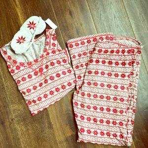 Make + Model Christmas Pajamas